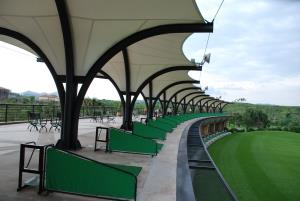 Golf Driving Range Modern Green Architecture 4