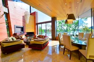 Custom Homes Interiors Modern Green Architecture 4
